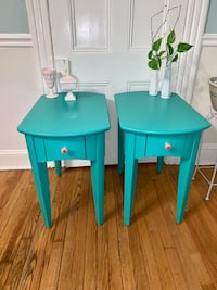 Pair of teal green solid wood end tables nightstands Kensington, 20895