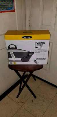 Bella 12×12 electric skillet  Oxon Hill, 20745