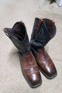 Boots size 12EE