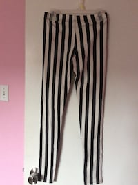 black and white stripe pants Burlington, L7R