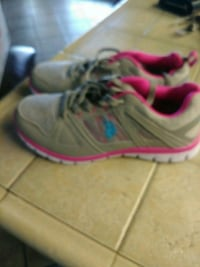pair of gray-and-pink running shoes Moreno Valley, 92557