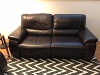Brown leather 2-seat recliner sofa Westchester