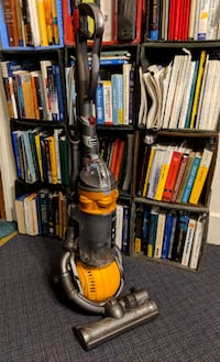 Dyson DC25 Multifloor ball vacuum sweeper, all attachments, cleaned and ready to go!  Upright vacuum cleaner with Dyson Ball technology for smooth steering. Root Cyclone technology ensures no clogging or loss of suction. Effective for all floor types; mot Muncie