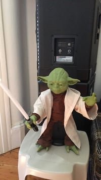 Giant animated action Baby Yoda
