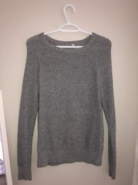 Grey Sweater (small) Pickering, L1V 3T9