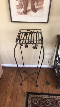 Plant stand Rockville, 20853