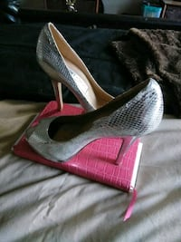 pair of gray leather platform stiletto shoes 41 km