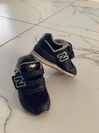 New Balance toddler boys size 4 shoes