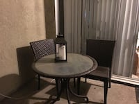Wicker patio table and chairs Modesto, 95350