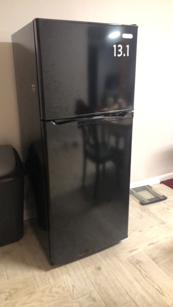 Black top-mount refrigerator 1