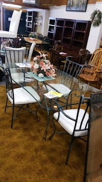 Glass top table and 4  Federalsburg, 21632