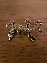 Vintage Small lizard broach  Vaughan, L4H 1M4