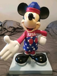 Mickey Mouse InspEARations 75th Anniversary Collectible Statue - RARE