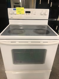 Kenmore Electric Stove,in perfect condition with 4 months warranty  Baltimore, 21223