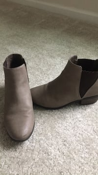 Ladies Boots Size 6 1/2 Concord, 28027