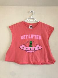Get Lifted Alien Cropped T-Shirt