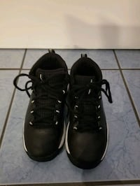Like New Kids Under Armour Sneakers(Size 1) Milford Mill, 21244