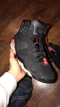 unpaired black and red Air Jordan basketball shoe Watsonville, 95019