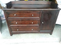 brown wooden 3-drawer chest Woodbridge, 22193