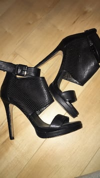 pair of black leather open-toe platform stilettos Brossard, J4Z