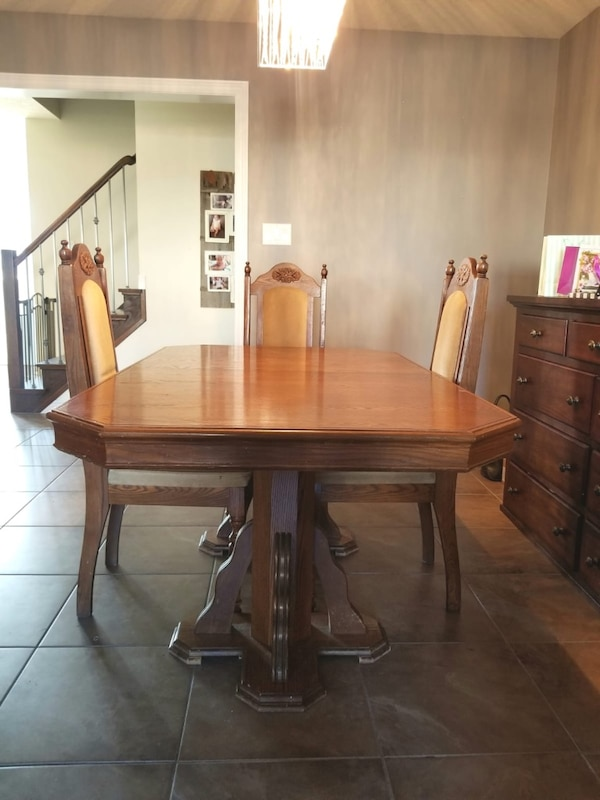 Used Dining Table For Sale In Guelph