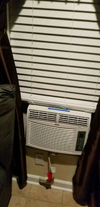 white and black window type air conditioner Fayetteville, 28306