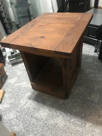 Solid Wood Accent Table Chesapeake, 23322