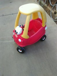 Lil tykes car $25 real good condition Victorville, 92392