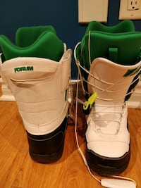 Forum snowboard boots, size 9 men, used once