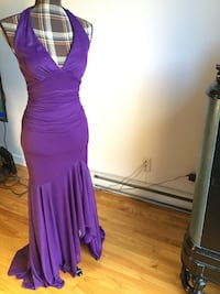 Brand new le château purple classy dress in xsmall/small Montréal, H1M 2C6