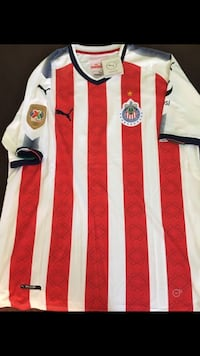 69b2ebc04ed Chivas jersey this is the one that the players use size is xl new without  tags