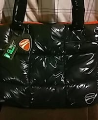 black and red leather tote bag Toronto, M3H 2J1