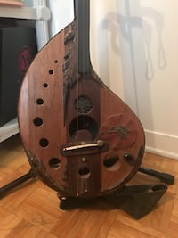 Acoustic electric fretless handmade Montréal, H2J 2L1