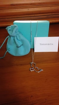 Tiffany & Co necklace silver 925 stamped,with pouch Brampton, L6X 2J8