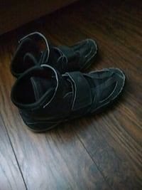 Wrestling shoes Kitchener, N2P 1Z9
