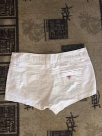 Guess shorts dame /S-32-34 Oslo, 1284