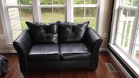 black leather 2-seat sofa Upper Marlboro, 20774
