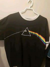 Pink floyd tee shirt size xl fits medium to large  Whitby, L1R 2E5