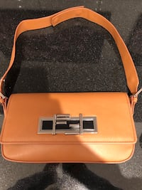 Fendi bag  Hampstead, H3X 3W3