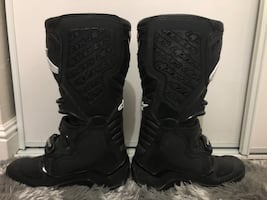 Alpine star tech 5 motorcycle boots size 8 like new