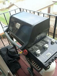 black and gray gas grill Riverdale, 52722