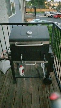 black and gray gas grill Thornton, 80229