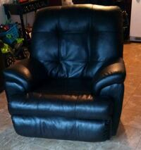 black leather recliner sofa chair Baton Rouge, 70810