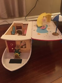 Calico Critters Seaside Cruiser Houseboat. Columbia, 21046