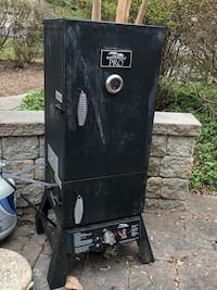 Masterbuilt Propane Smoker with Cover Fairfax Station, 22039