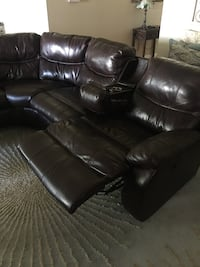 Brown leather sectional Lockhart, 78644