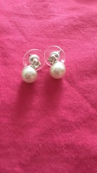 pair of silver and pink earrings Brampton, L6Y 4H5
