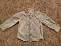 gray button-up long-sleeved shirt 36 km