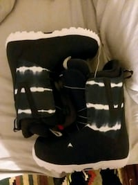 black-and-white camouflage boots Alexandria, 22312