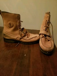 pair of brown leather POLO boots Madison, 35758